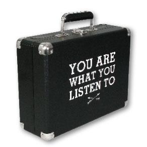 listen - vinyl styl turntable